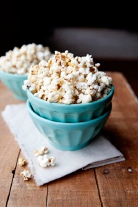 maple-syrup-popcorn